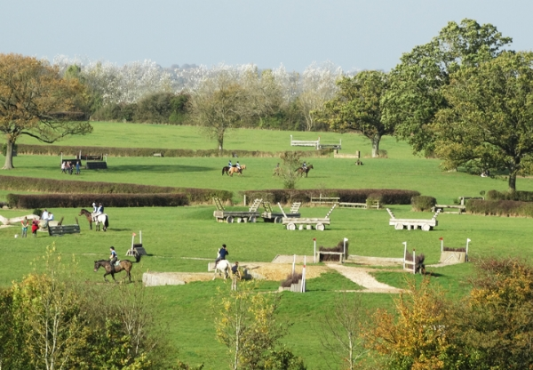 Lyneham Heath Equestrian